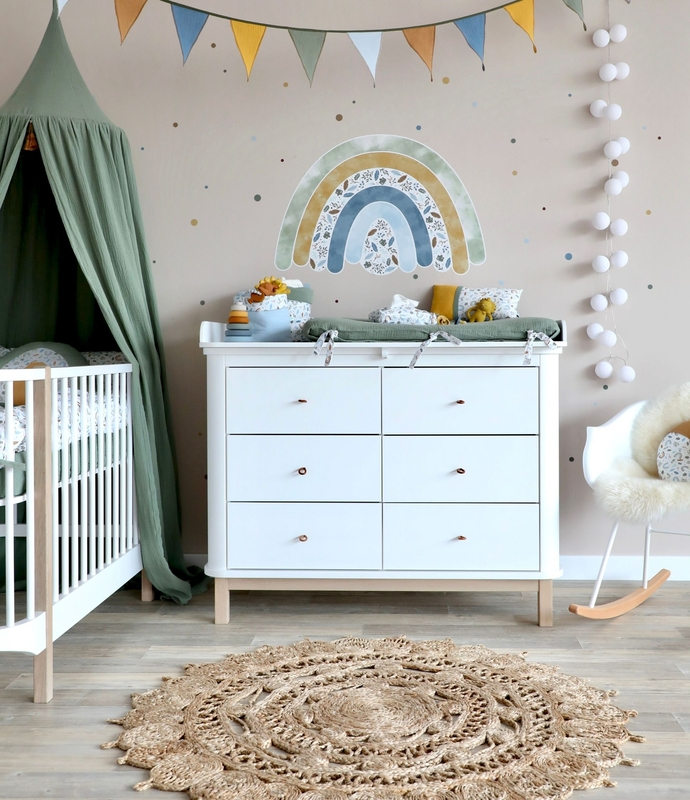 Babyzimmer 'Regenbogen' in Blau & Khaki