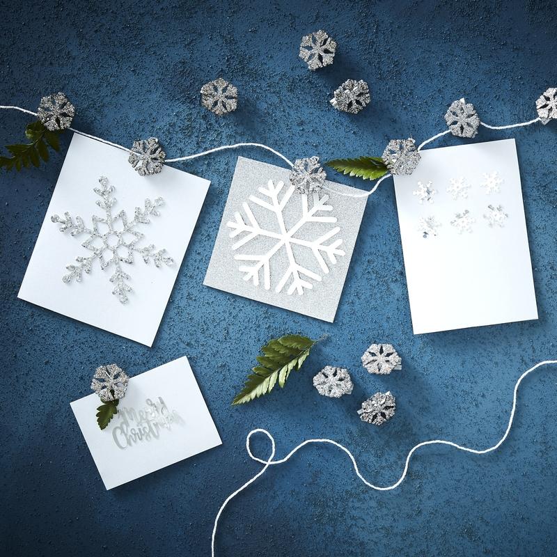 Fotokette mit Schneeflocken silber 500cm