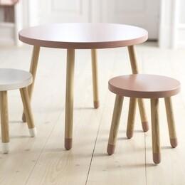 Tische, Stühle
