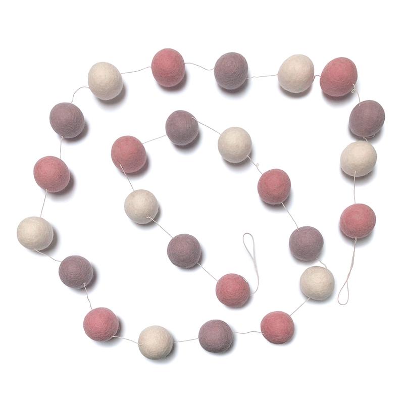 Girlande aus Filzbällen rosa 200cm handmade