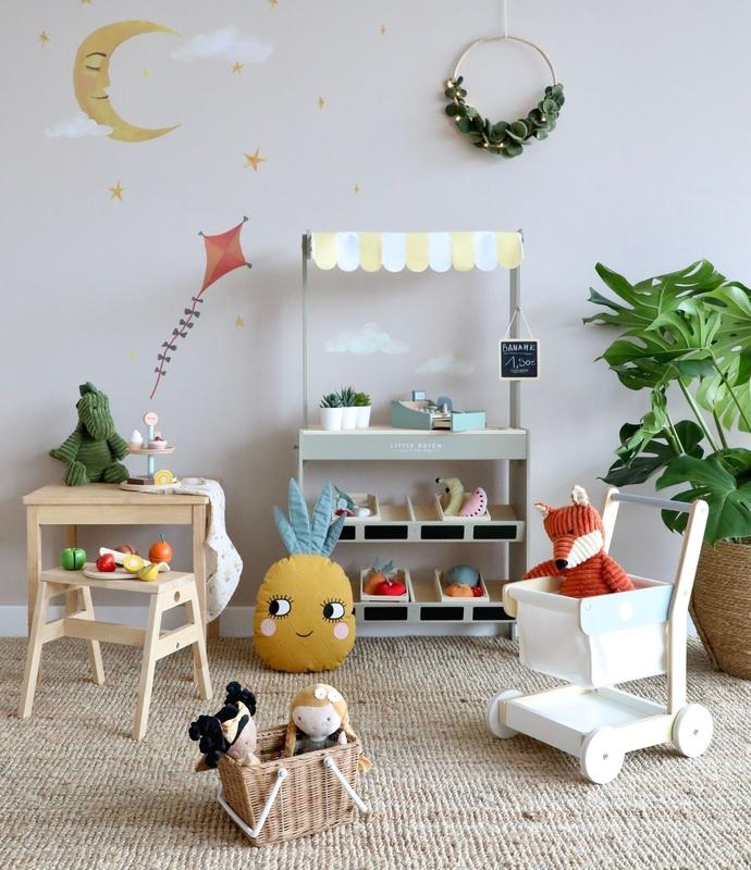 Spielzimmer mit Kaufladen von Little Dutch