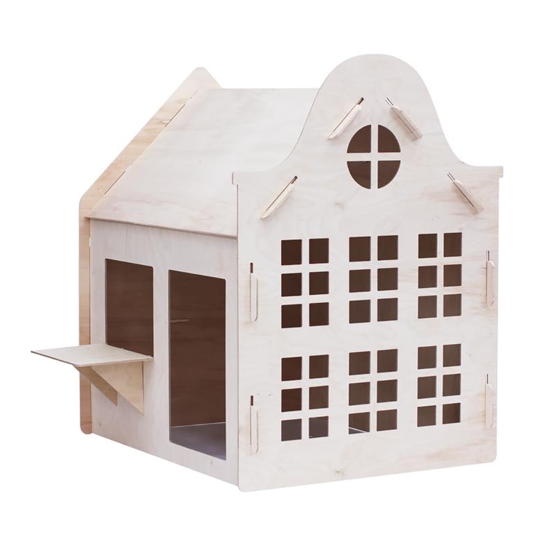 Spielhaus 'Glockenfassade' aus Naturholz