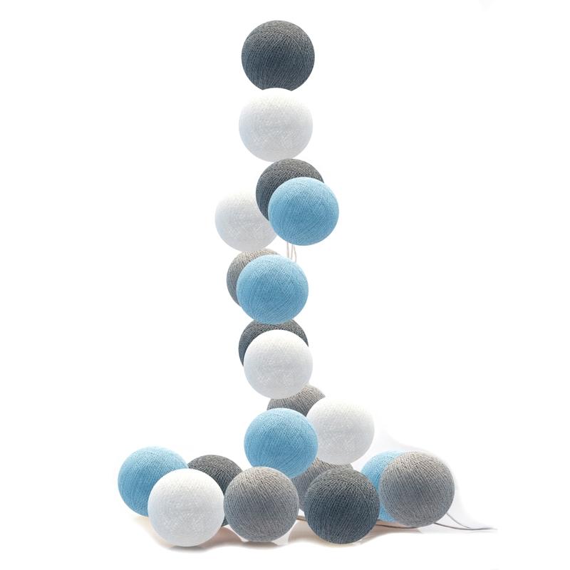 Lichterkette Cotton Balls LED hellblau/grau