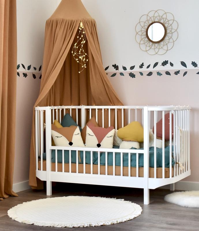 Kinderzimmer 'Wald' mit Blätterborte