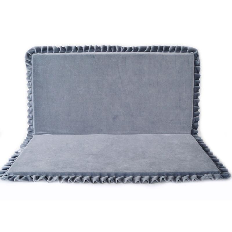 Spielmatratze mit Rüschen grau eckig 110cm