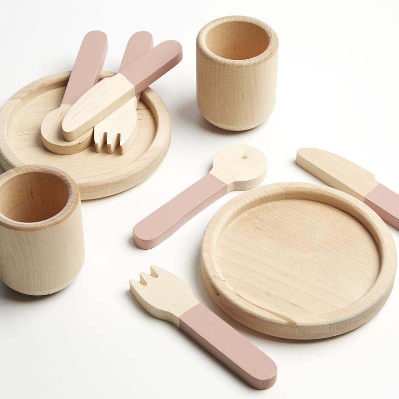 Geschirr Set aus Holz 10-tlg. ab 3 Jahren