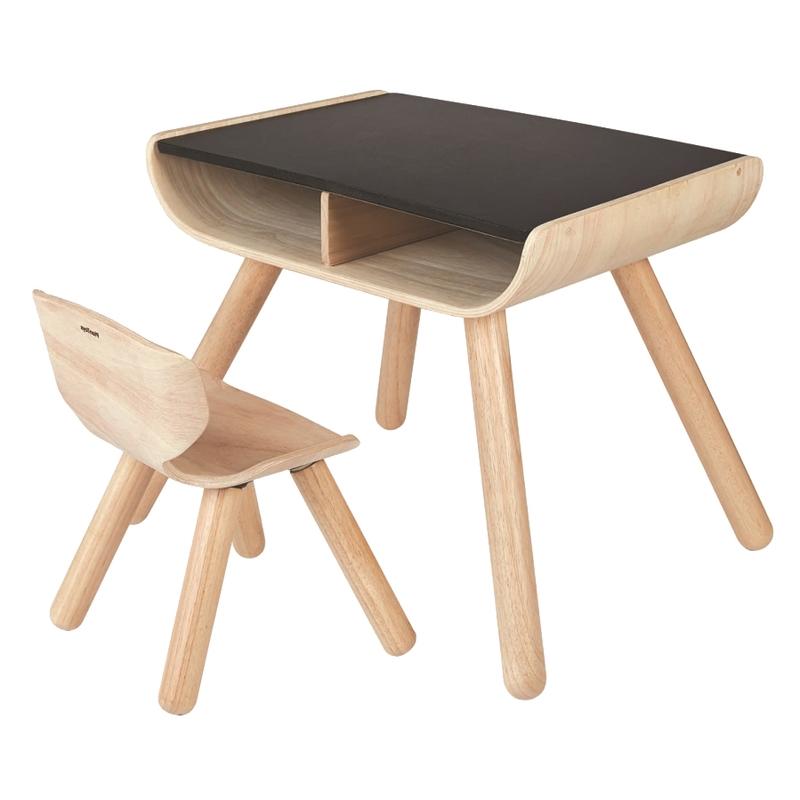 Tisch & Stuhl aus Naturholz für Kleinkinder