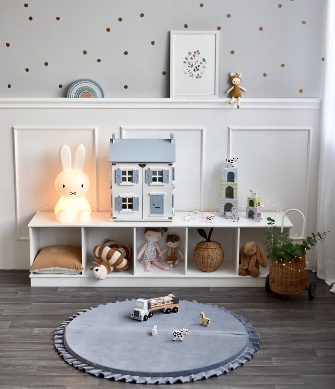 Spielecke im Scandi-Look mit Puppenhaus & Spielmatte