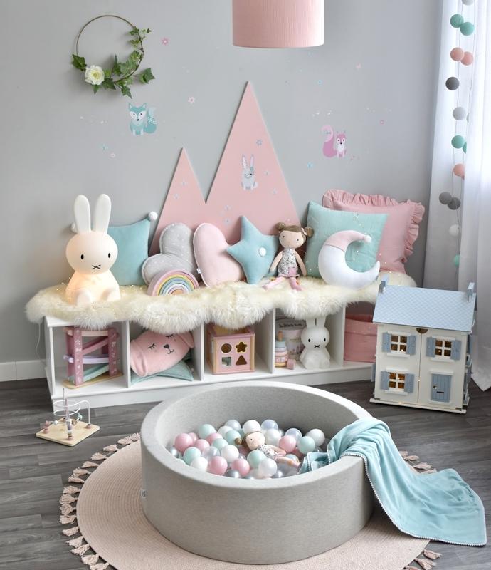 Spielecke mit Puppenhaus & Bällebad in Rosa/Mint